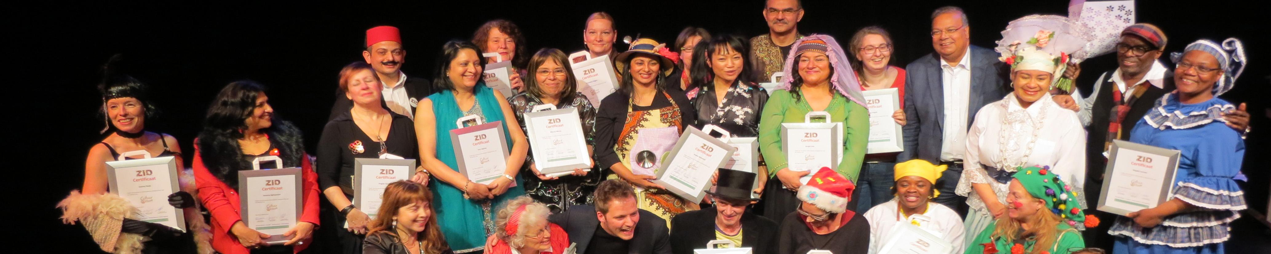 Cultuurgidsen Den Haag ontvangen hun certificaat